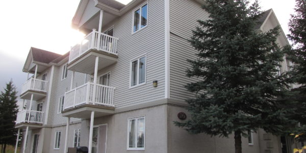 Apartments-For-Rent-in-Moncton-14-16-Everett-street-building